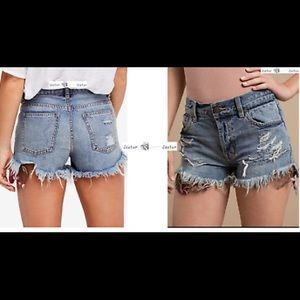 NET FREE PEOPLE DESTROYED JEAN SHORTS